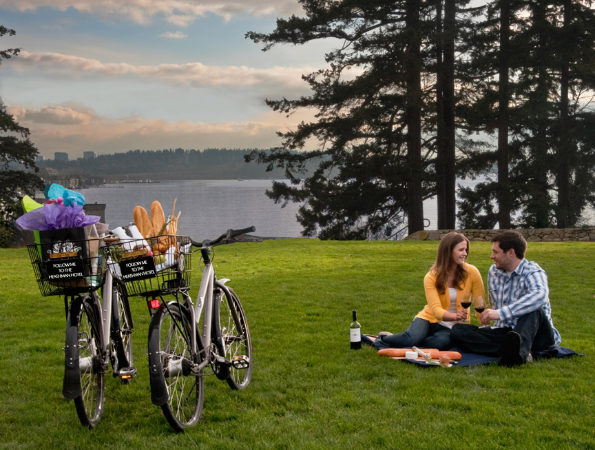 Couple at Picnic with Heathman Bicycles